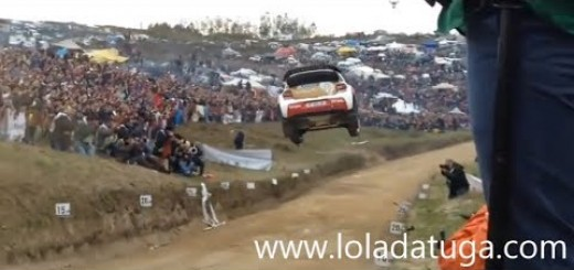 WRC em Portugal salto brutal em Fafe
