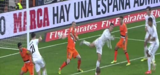"""Que execução! Um golaço """"à Zlatan"""" de Cristiano Ronaldo…"""