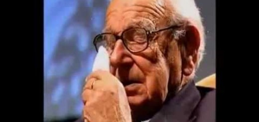 Salvou 669 crianças durante a 2ª Guerra e não sabia que elas estavam sentadas ao lado dele