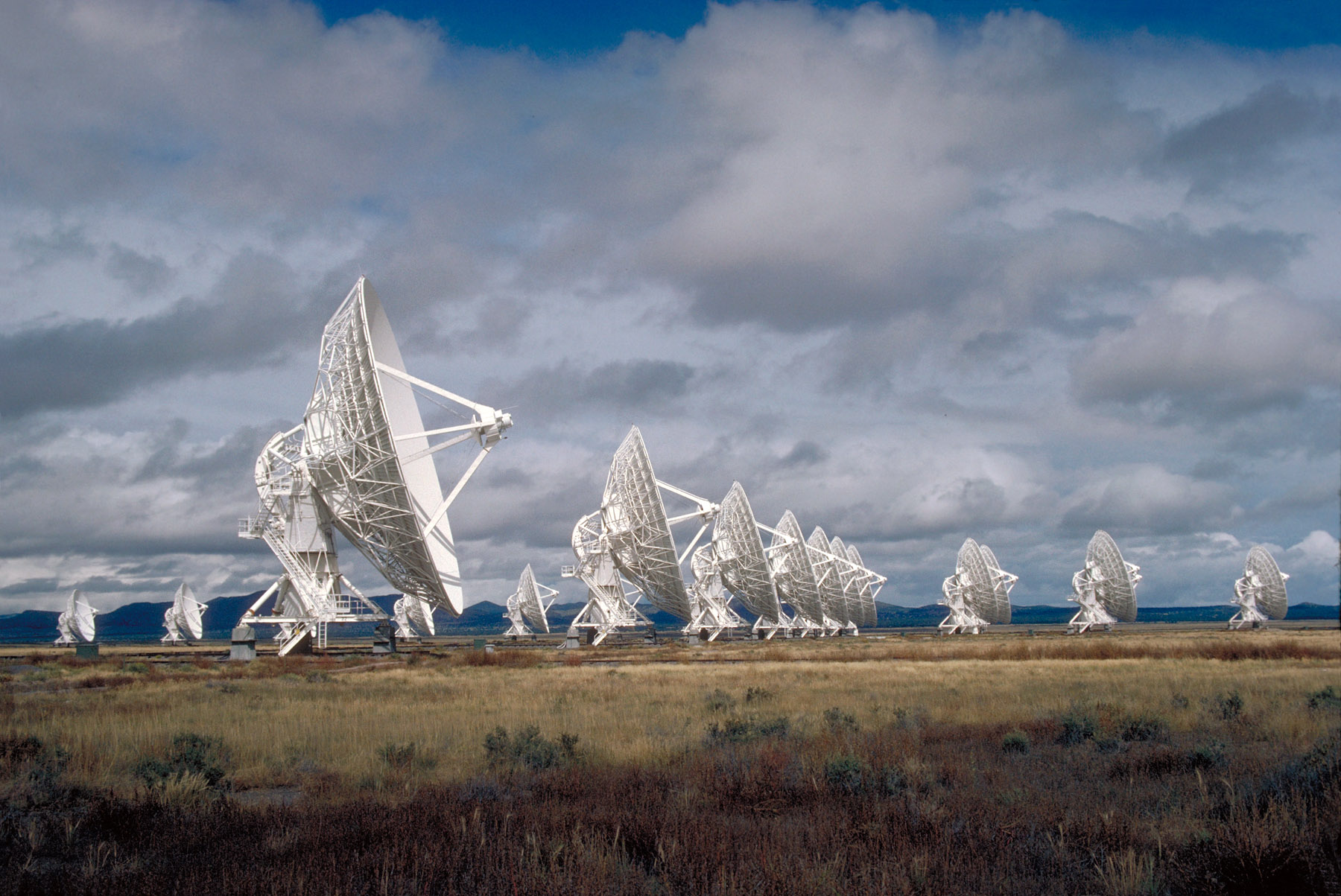 Ondas rádio misteriosas do cosmos localizadas